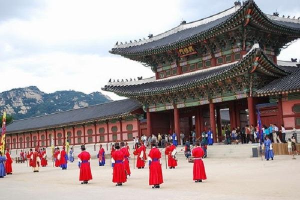 HQ-CungDienHoàngGiaGyeongbok1