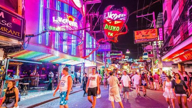 nhung-tu-diem-vui-choi-o-Pattaya-3